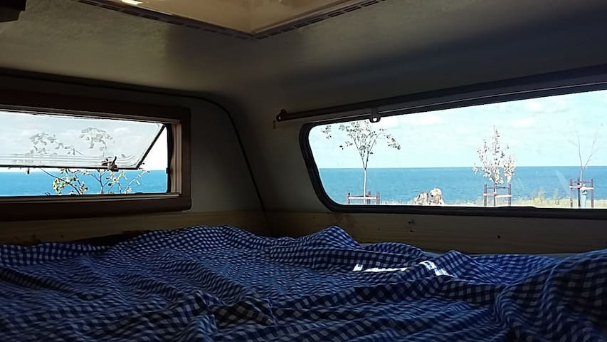 Bed with a view - Sinemorets
