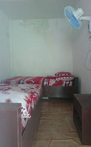 Double Twin Bed Fan Room - Dormitorio compartido