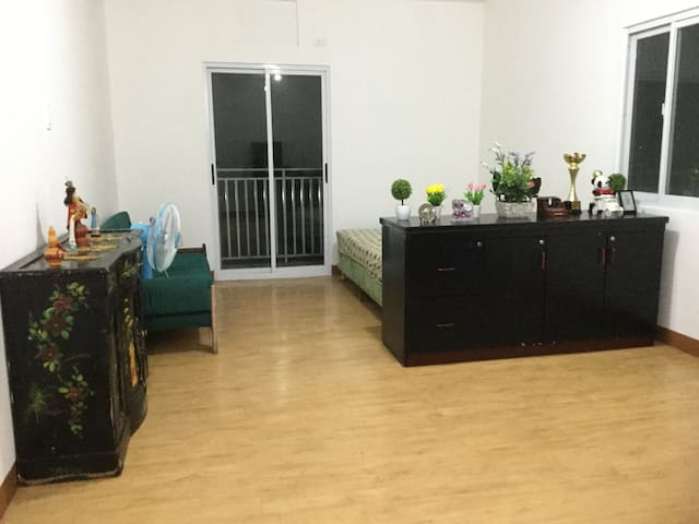 1 bed Condo Deparo Caloocan near SM fairview mall - Caloocan - Appartement