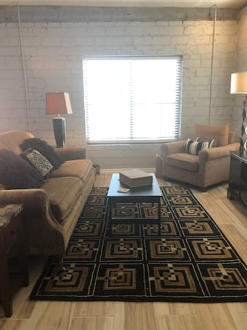 Trendy Loft in Deep Deuce OKC Downtown