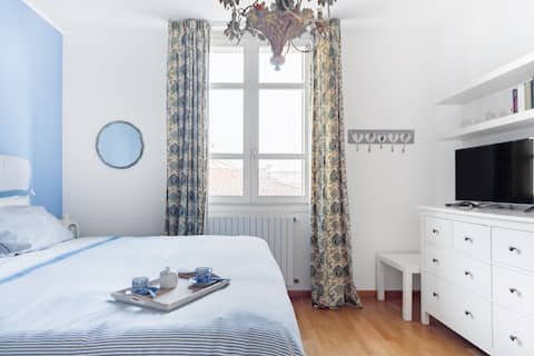 Family-Friendly Apartment with Free Parking
