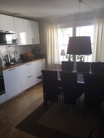 Fresh apartment nearby Stockholm - Nacka - Lejlighed