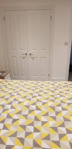 Spacious 1 bedroom apartment in Chelsea