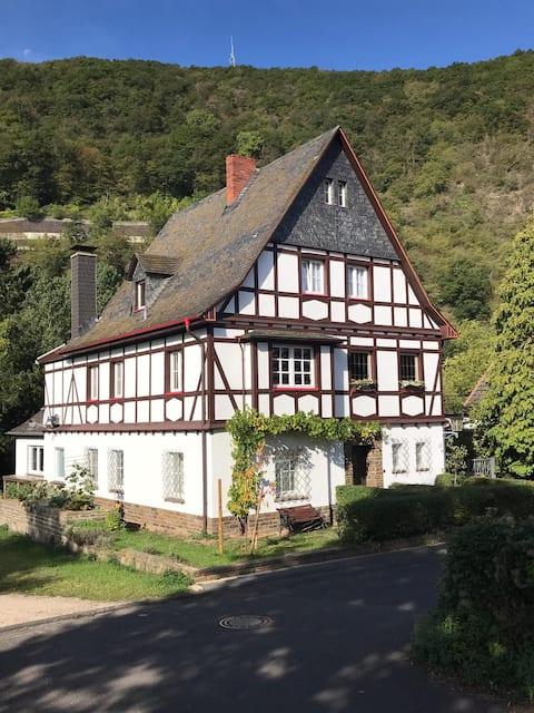 Auf dem Land B&B mit Sauna in Altenahr