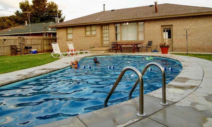 safe and convient OKC with pool & winter hot tub!!