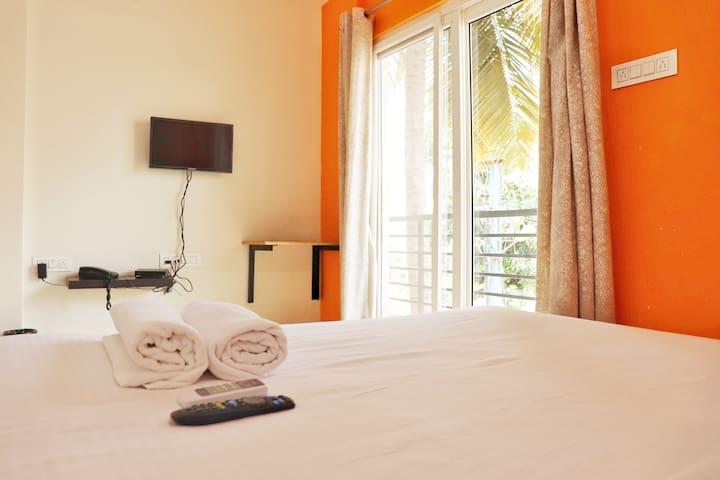 Hotel Mapletree Inn - Premium Guest House