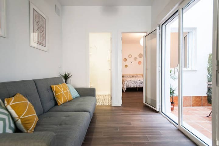 Apartamento Centro-Macarena con patio