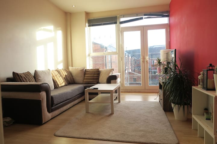 Beautiful City Centre Apartment Near Lime Street