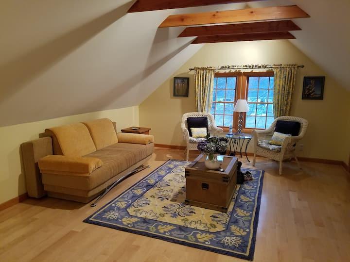 Quiet, private, studio apartment