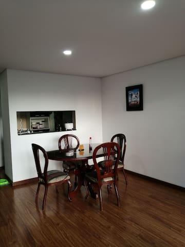 Confortable y familiar apartamento