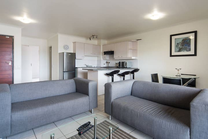 Riverside 1 bed - Tygervalley Waterfront