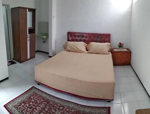 Beenmars House (Guest House Syari)