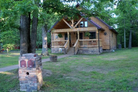 THE WILDCAT CABIN