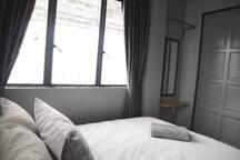 GRAYHAUS SOHO Deluxe Queen Room 02 @ IPOH New Town