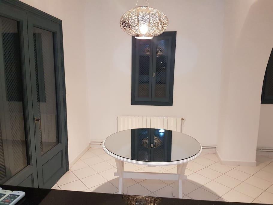 duplex lyna golden tulip hotel gammarth appartements en r sidence louer gammarth sup rieur. Black Bedroom Furniture Sets. Home Design Ideas