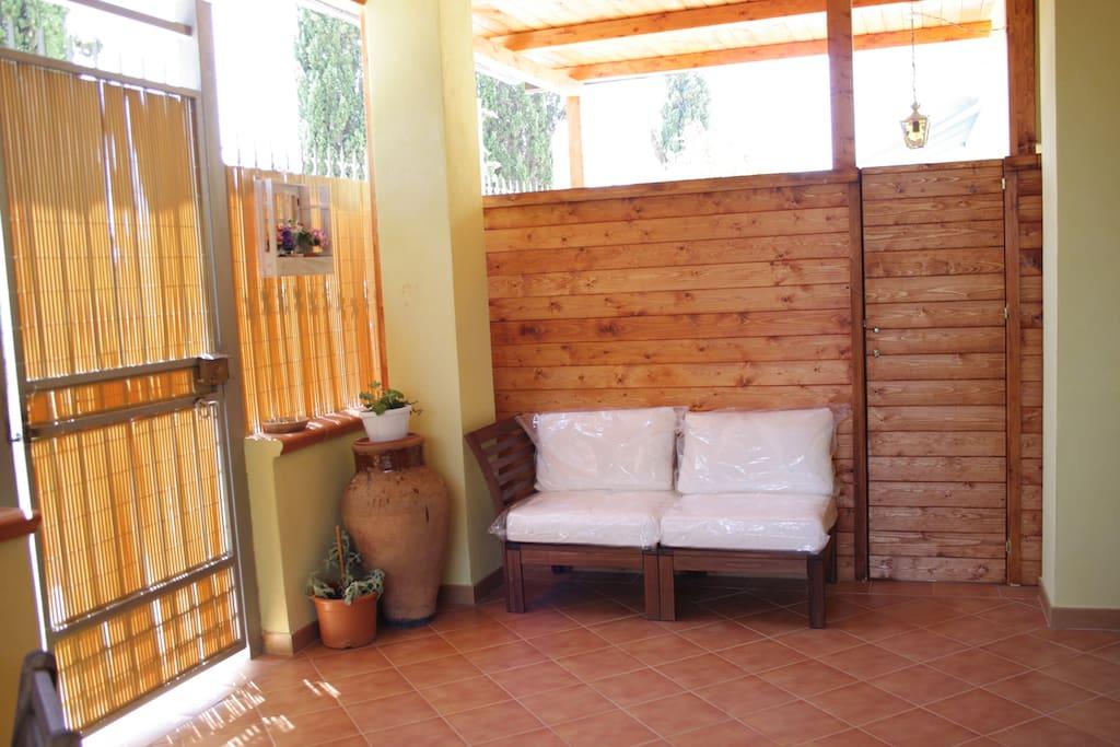 Divanetto in veranda