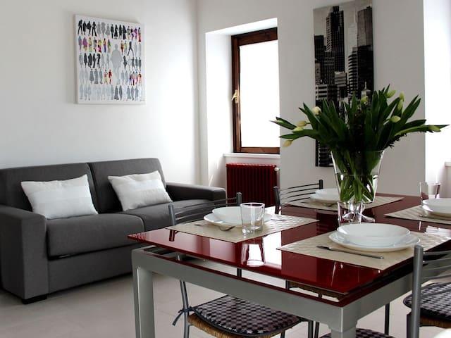 Appartamenti per famiglia - Marone - Appartement