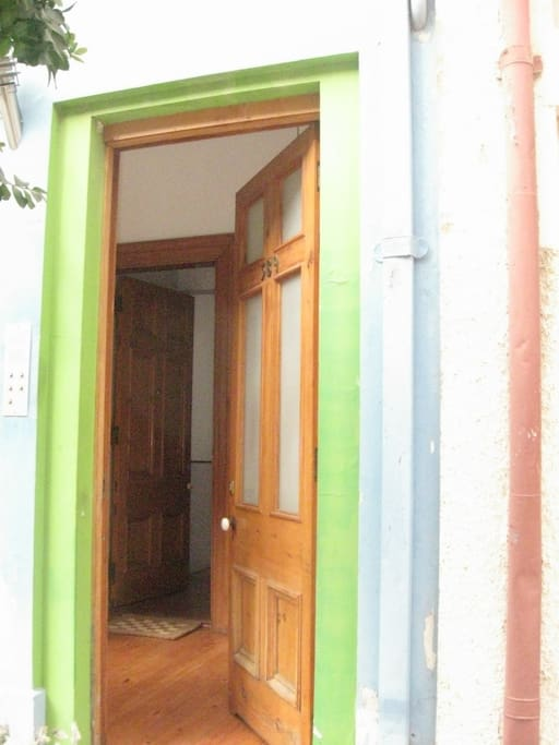 Puerta de entrada al edificio