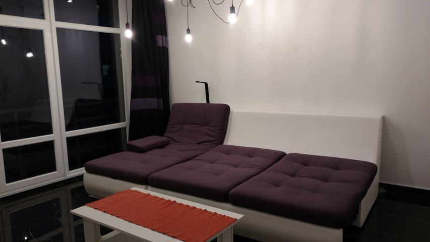 Романтик апартаменты на Турянского.