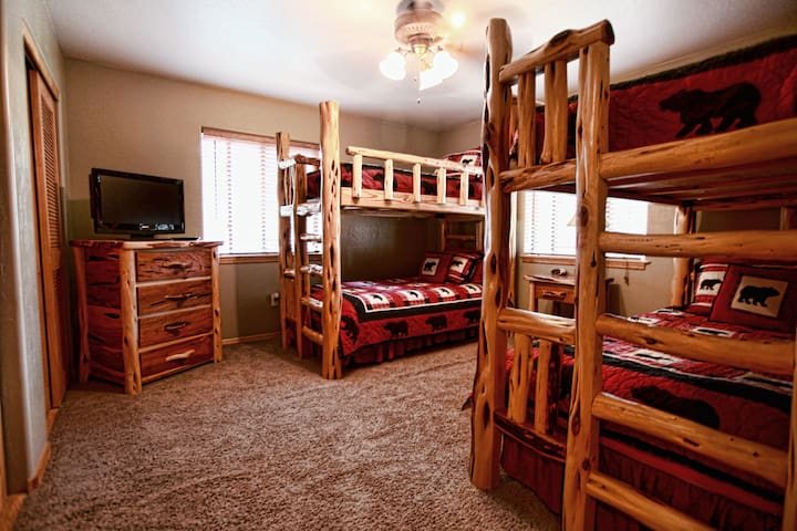 Two sets of twin bunk beds