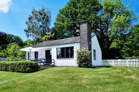 Comfortable bungalow with terrace and garden overlooking the Ourthe