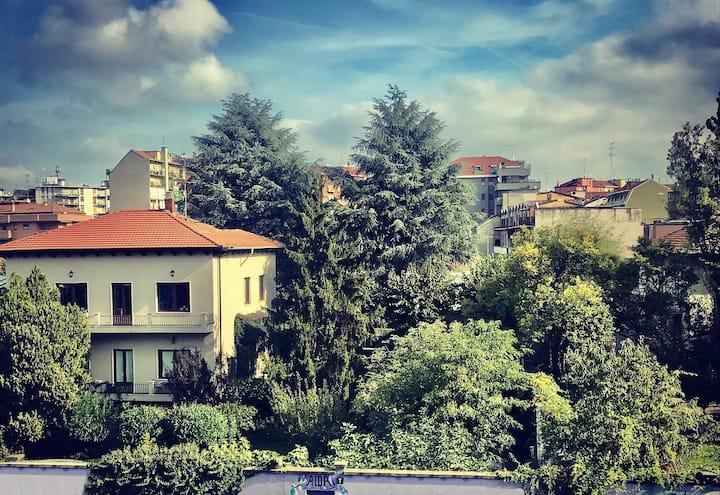 Villa Aida con giardino a pochi passi dal centro