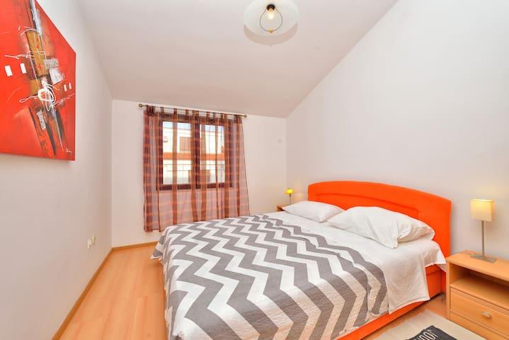 Ina app. - 100m2,  6+1 person - Zadar - Apartment