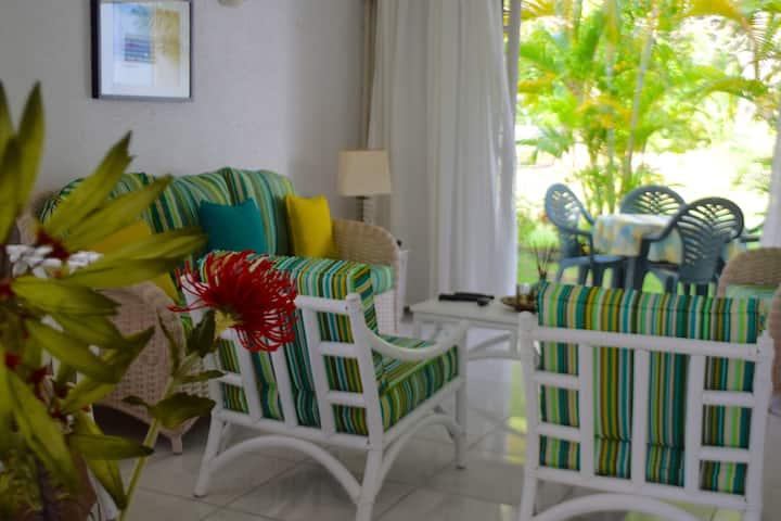 Charming South Coast 2 Bedroom/2 Bath Apartment
