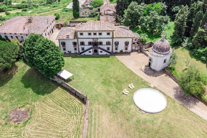 Villa nobiliare con parco in Chianti - 11  posti