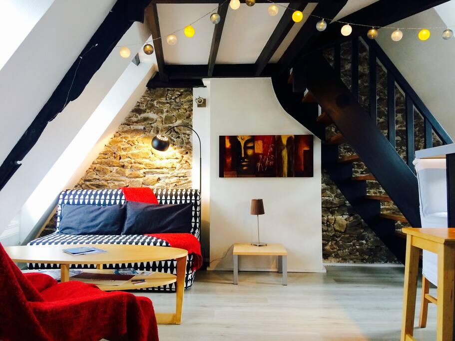 le cocon malouin flats for rent in saint malo bretagne. Black Bedroom Furniture Sets. Home Design Ideas