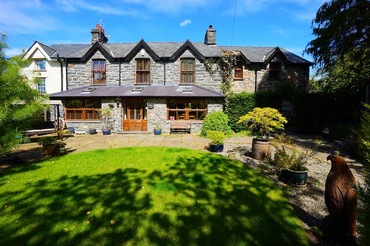 The Old Rectory Mawr   Great Escapes Wales