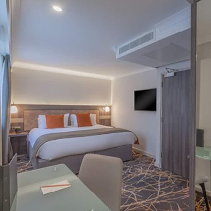 Richmond Hill Hotel, Hill Collection Junior Suite