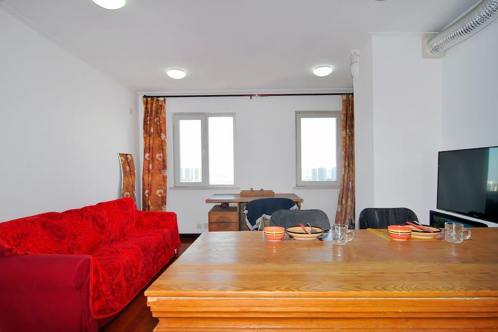 客厅与敞开式厨房一体,酒店一样的方便感受