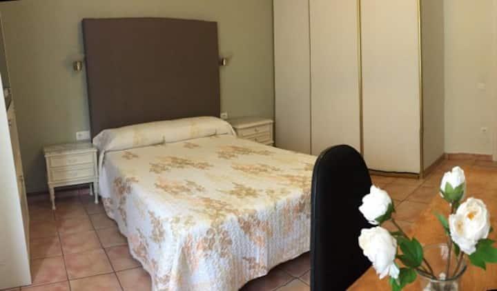 "13 Habitación privada ""centro Oviedo"""