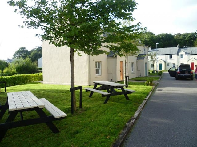 Bunratty Castle Gardens (Type B) - 3 Bed