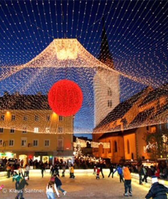 christmas market downtown