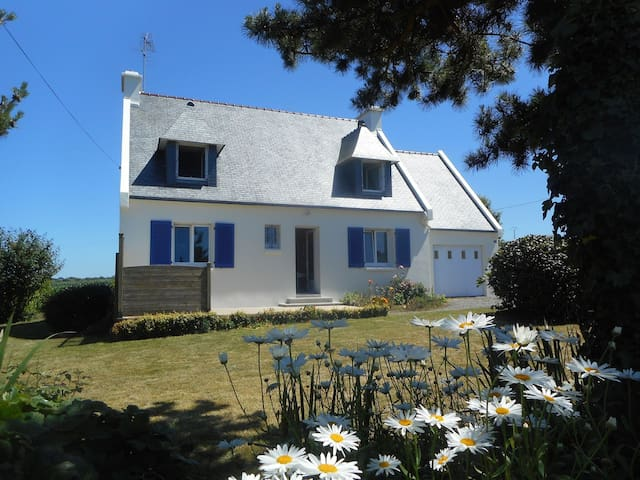 Maison de vacances près de la mer - Lampaul-Ploudalmézeau