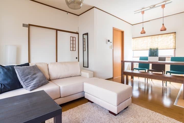 Designer house/6 mins to Shinsaibashi/Tino Kawara