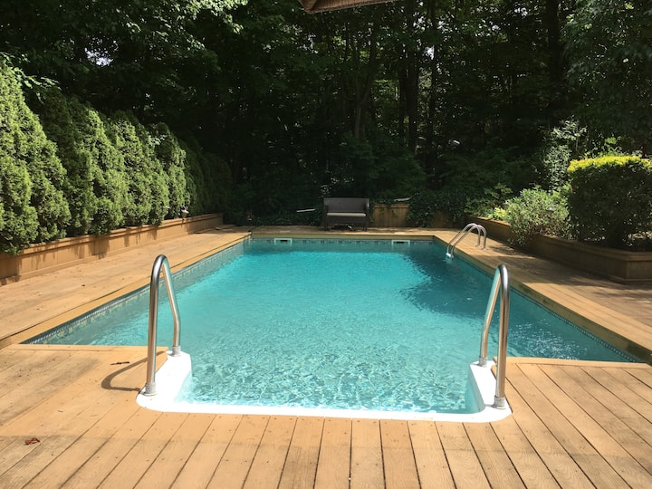 Escape the city: Privacy and a pool near Port Jeff