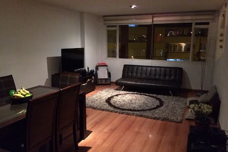 Couch-bed Close to airport-downtown - Slaapzaal