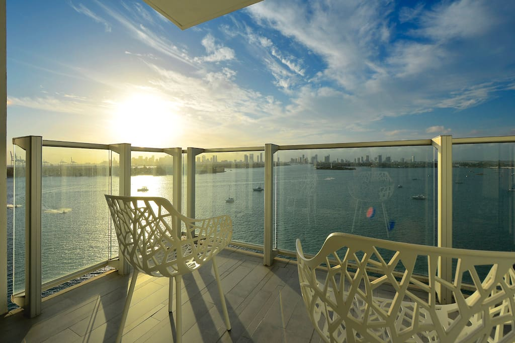 2 Bedroom Condo West Ave South Beach 16 Apartments For Rent In Miami Beach Florida United