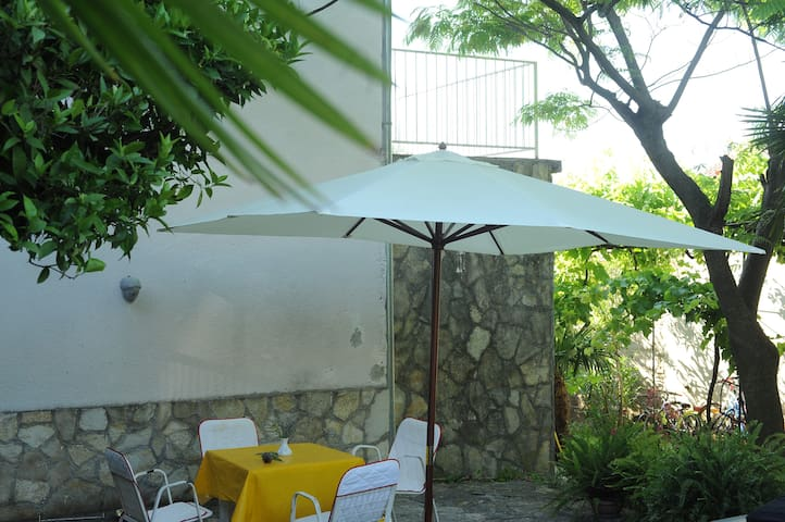 House in Tisno, two rooms apartment