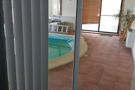 Indoor pool view suite( MTA LICENCE  ,HF8424)