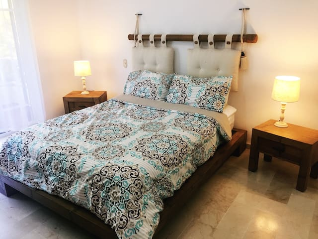 Lovely BEDROOM for 2! Close to the Best Beach PC! - Punta Cana - Apartmen