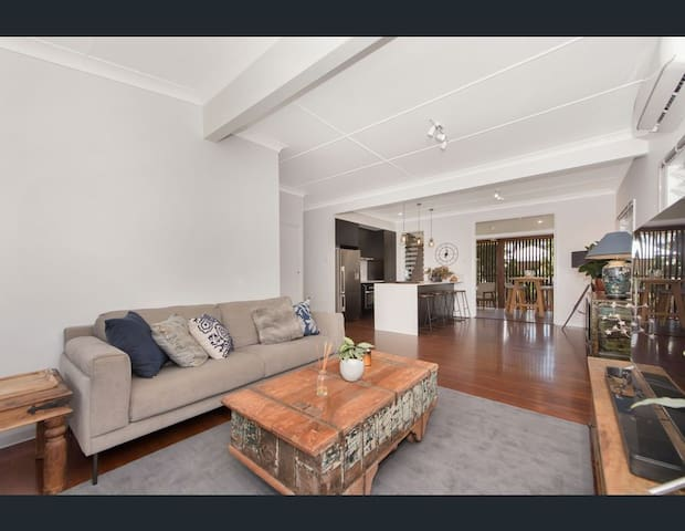 Newly Renovated Queenslander Home
