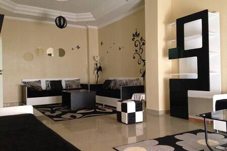 Location d'un bel appartement à Oran centre - Oran - Apartamento