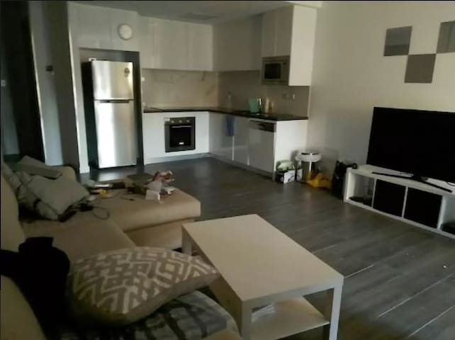1 Bedroom Appartment - 9km from CBD - Lane Cove West - Apartment