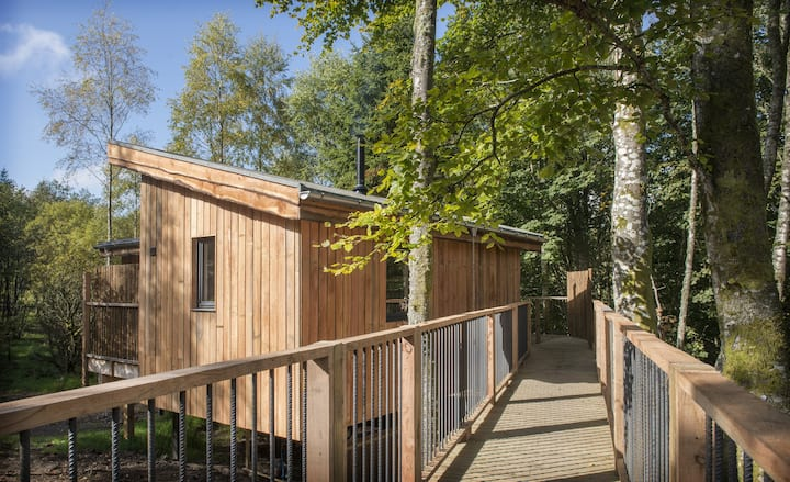 Pipit, Luxury Treehouse in Scottish Highlands
