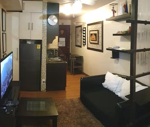 Cozy & sterilized unit w/ 25mbps WiFi & Cable TV