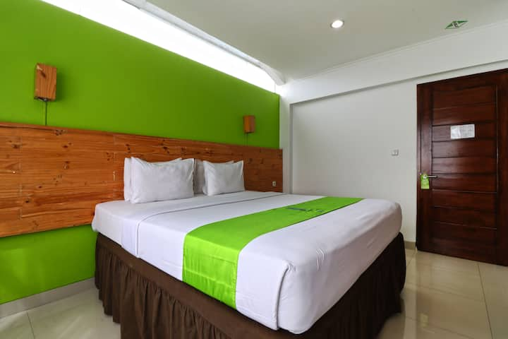 Deluxe King at Hotel Bumi Makmur Indah